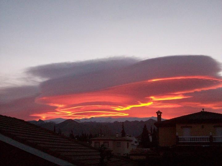 Fotos de magn fico amanecer en otura for Temperatura en otura